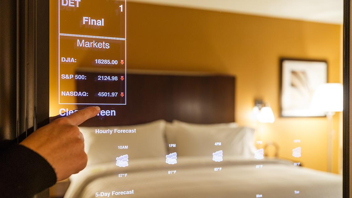 Smart Mirrors in Four Points by Sheraton (Photo: Starwood)