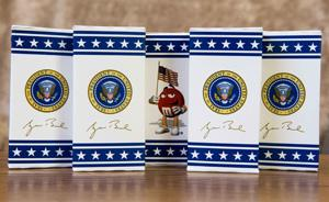 air force one m&ms (photo: reuters)
