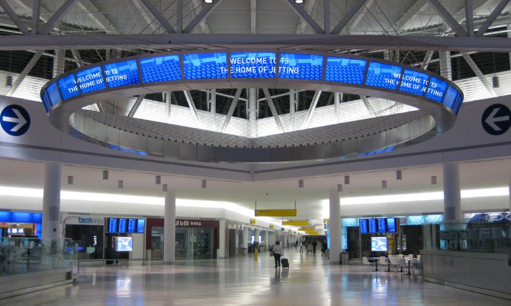 Jetblue gives jfk terminal a makeover flyertalk the for Hotel at jfk terminal