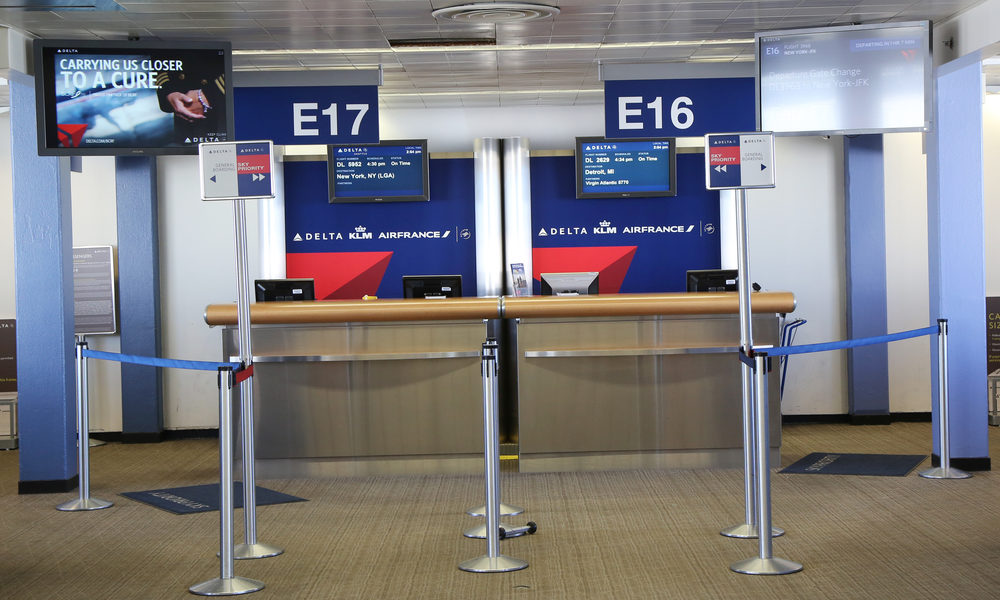Delta Desk Agent Calls Police On Customer With Damaged